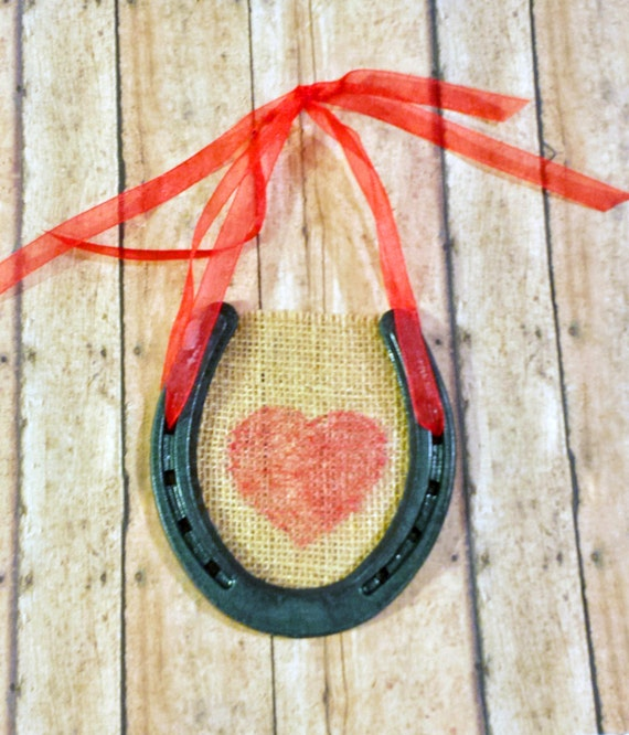 Lucky Love Horseshoe Wall Hanging By Srvintageanddesigns