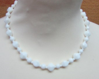 1950s white glass faceted bead collar necklace