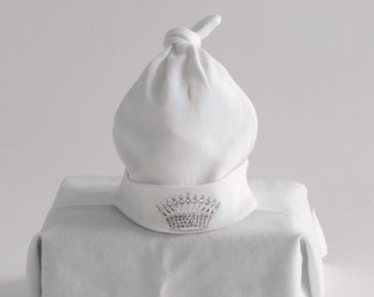 Newborn Baby Royal Hat with Silver Crown, baby knotted hat, baby knot hat, knotted hat, white cotton baby hat, newborn hat, Baby Cap