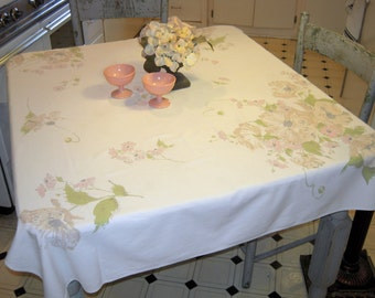 Vintage Tablecloth Dreamy Pink Poppies & Daisies