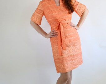 60s Hawaiian Dress, Summer Dress, Vintage, Eyelet, Peach  Tiki Party, Wiggle Dress, Wedding Guest, Size Medium. FREE SHIPPING