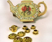Christmas tea pot box & tiny gold tea set inside by Annie Lillemoe from 1994 - new and unused