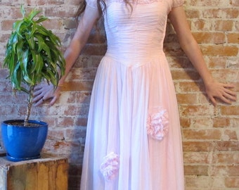 Vintage Sheer Crepe Dress - 1940s -1950s - Pale Pink - Prom Dress - Ruched Bodice -  Lined -  Small Size