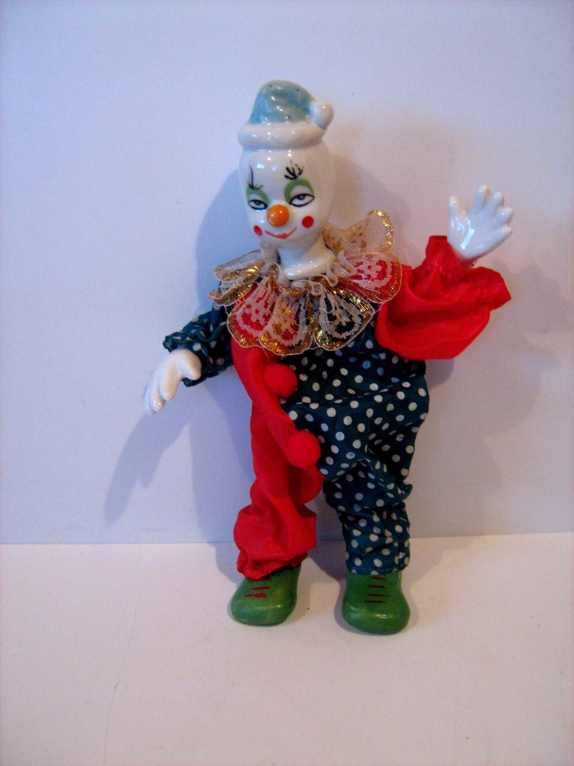 wonderful collectible porcelain china clown doll