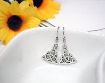 Small triquetra earrings, dangle Celtic knot charm earrings, trinity knot earrings, Germanic paganism charm earrings, women Celtic jewelry