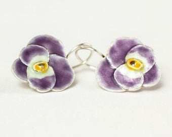 Pansy Earrings , Silver Enamel Earrings , Spring Flower Earrings,  Botanical Jewelry, Purple Flower Earrings .
