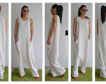 White Maxi Jumpsuit / White woman jumpsuit / Oversize jumpsuit / White plus size jumpsuit / woman loose jumpsuit