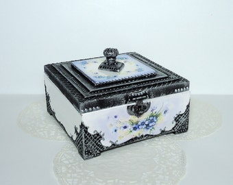 Antique Jewelry Box / Victorian Style Trinket Box / Distressed Box / Old Silver Box / Hand Decorated box / Decoupage