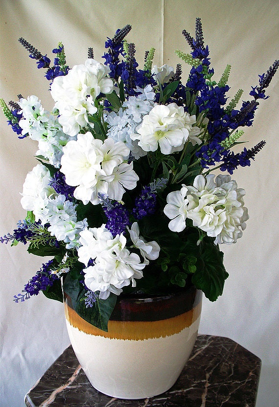 purple silk flower arrangement purple white centerpieces, Beautiful flower