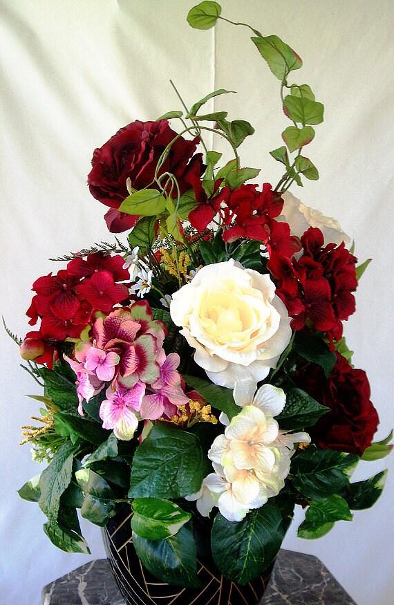 Burgundy Hydrangea Centerpiece : Flower arrangements table centerpiece wedding hydrangeas