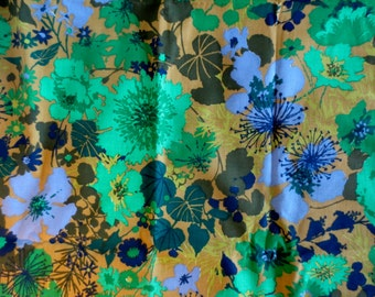 Vintage 1960s Screen-Printed Floral Motif Fabric by Roommaker