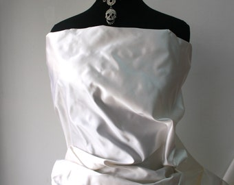 white pure silk duchesse satin fabric bridal wedding dress bustle trail high quality Italy peau de soie for evening wear 140 cm wide