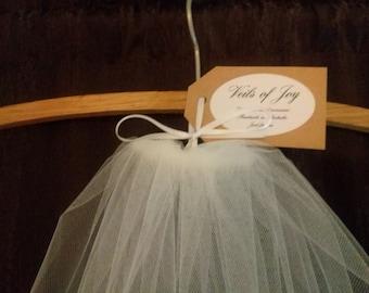 Single tier cut edge wedding veil.  Raw edge bridal veil. One tier veil.