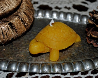 2 x Beeswax Turtle Candles - Xmas, Christmas Table Centre Piece, tortoise - Beeswax Turtle Beeswax Candles