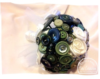 "Alternative Bouquet ""Butterfly""-Bouquet with buttons, satin and rose brooch"