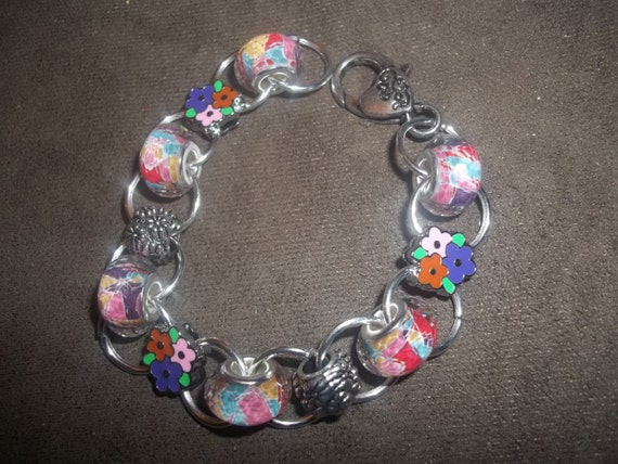 Crazy Daisy Charming Chains Bracelet with Euro Beads