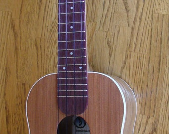Concert Ukulele, solid wood, birch body w/ redwood face