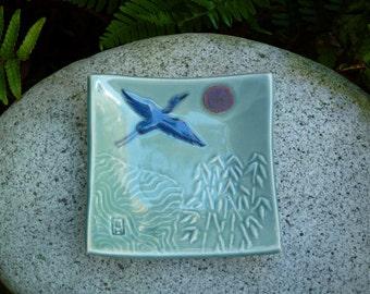 Porcelain small crane dish, celadon