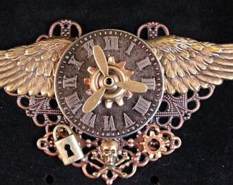 Military Airman's Brooch