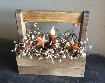 "Primitive Old Tool Box with Pip Berries & 4"" Wax Timer LED Candle"