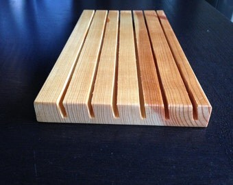"""Wood ruler holder for quilters rulers, 5"""" X 10"""", 6 slots"""