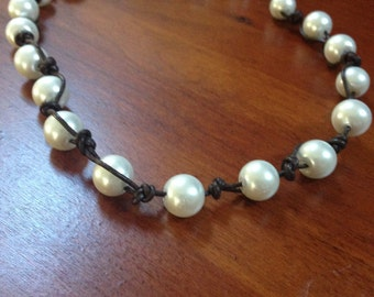 Beaded pearl leather Necklace