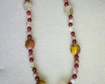 Red and brown quartz beaded necklace