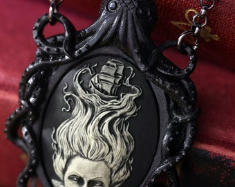 Cameo Necklace. Black Octopus Oval Cameo Lady of the sea, Victorian Vintage Inspired