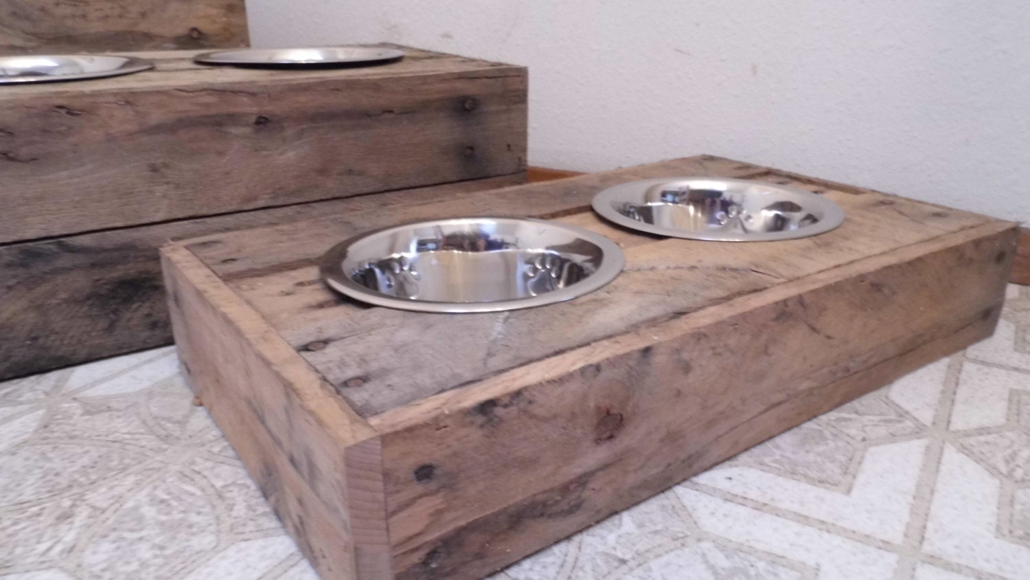 small dog food bowl stand reclaimed wood custom by buddysbowls. Black Bedroom Furniture Sets. Home Design Ideas