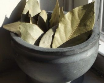 Certified Organic Bay Leaves - protection, purification, psychic powers, wishes - Wicca Pagan witchcraft