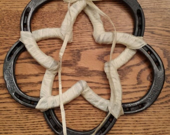 Horseshoe Star Wreath