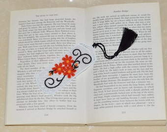Atractive Lace Bookmark - Oriental in style .