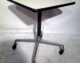 Vintage Mid Century Herman Miller Aluminum Group Contract Square Side table