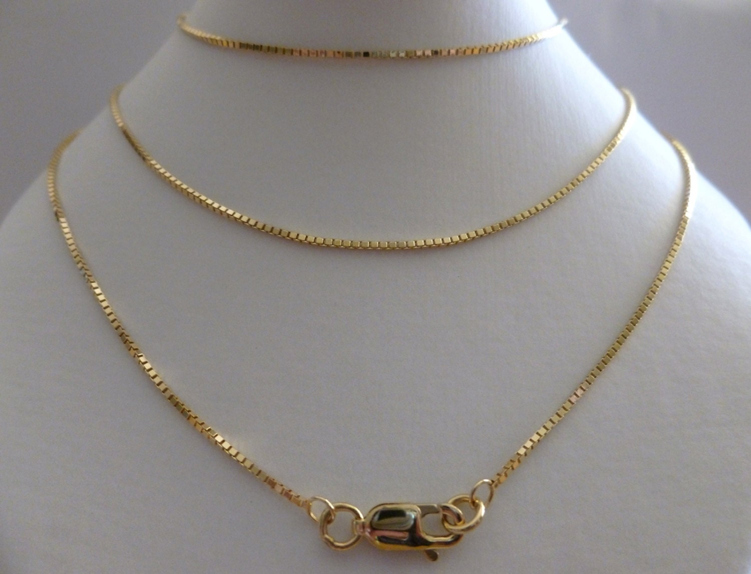 9ct Solid Yellow Gold Box Chain Necklace 1 1mm 70cm S 28