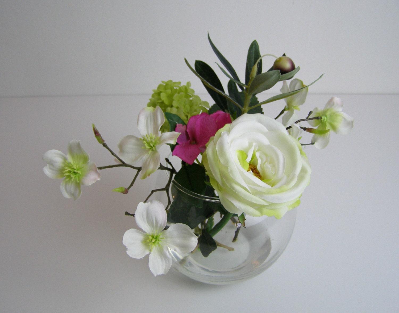 Sia Silk Flowers Arrangement Clear Glass Vase Pink Hydrangea