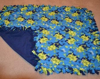 Frog No-Sew Fleece Blanket