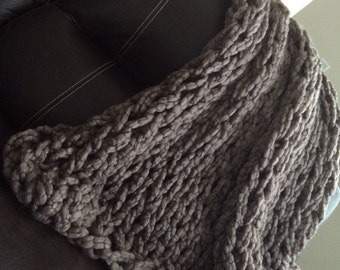 Pebble Arm Knitted Throw #adornments