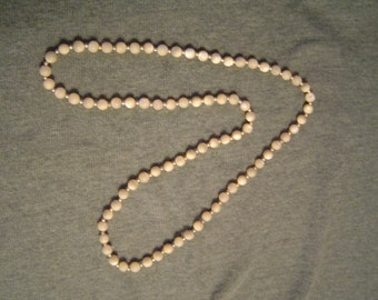 Vintage Mother of Pearl Necklace 1950's