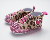 Leopard baby shoes, Hot pink and leopard baby shoes, Custom baby clothes, Custom baby shoes, baby girl custom shoes, Baby girl leopard print