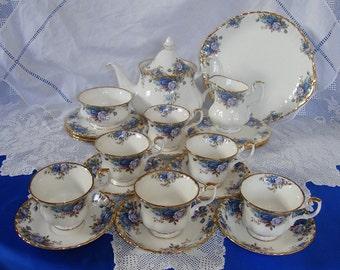 Immaculate ROYAL ALBERT Moonlight Rose Tea Set 22 pieces, Perfect Gift