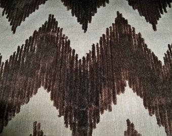 LEE JOFA KRAVET Cut Velvet Chevron Flame Stitch Zig Zag Fabric 10 yards Brown
