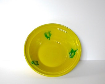 Salad bowl pottery from Spain, 1940s