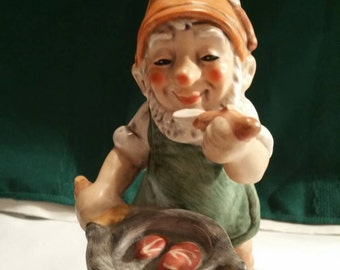 Hummel Goebel Gnome Co. Boy Carl The Cook Figurine