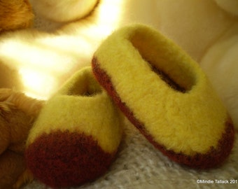 Little Duffers - A felted slipper pattern for babies and toddlers.