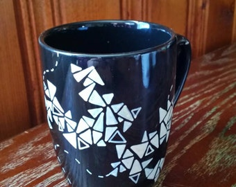 Hand Drawn Triangle Design Mug