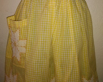 Vintage Yellow Gingham Embroidered Floral Apron