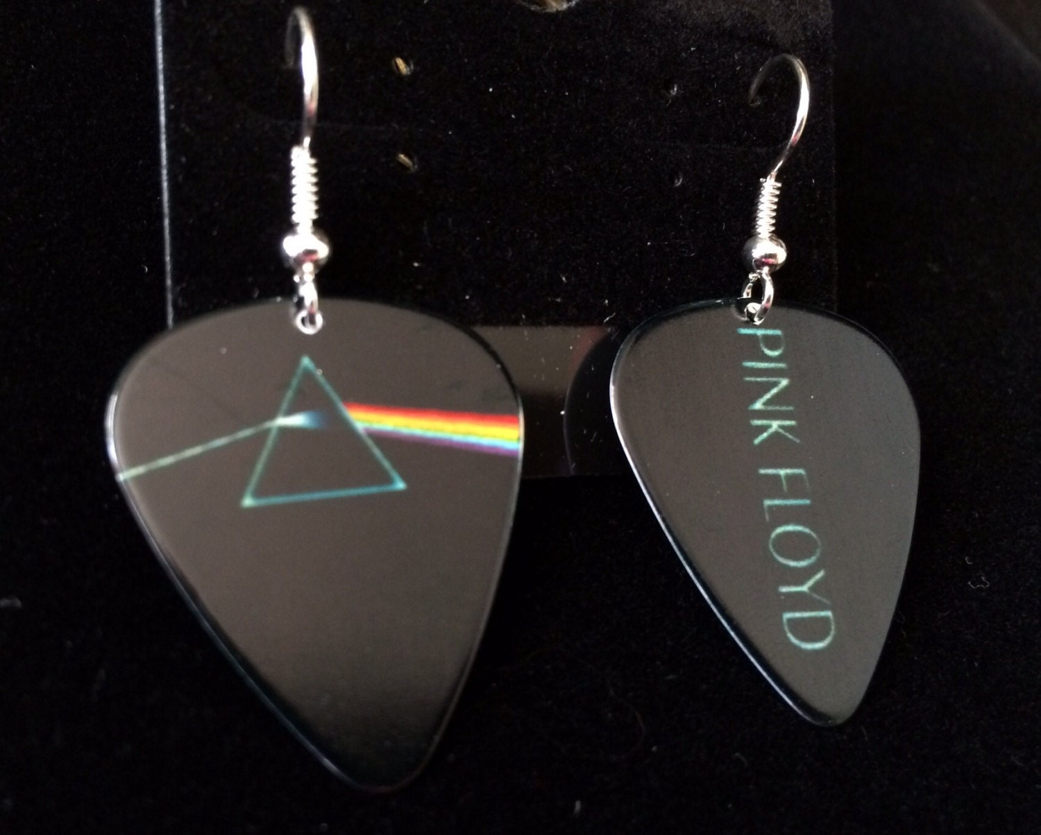 pink floyd collectible guitar pick earrings with by dorisaboutique. Black Bedroom Furniture Sets. Home Design Ideas