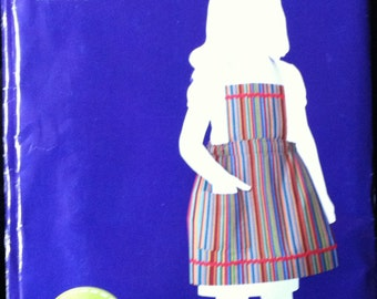 Simplicity Pattern #1999 Childs Girls Toddler Apron  Size 3-6