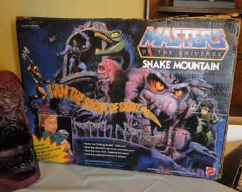 Vintage 1981 MOTU Masters of the Universe Snake Mountain -Complete with Original Box