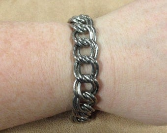 Vintage Silvertone Heavy Metal Bracelet with Toggle Clasp, Length 8.5''